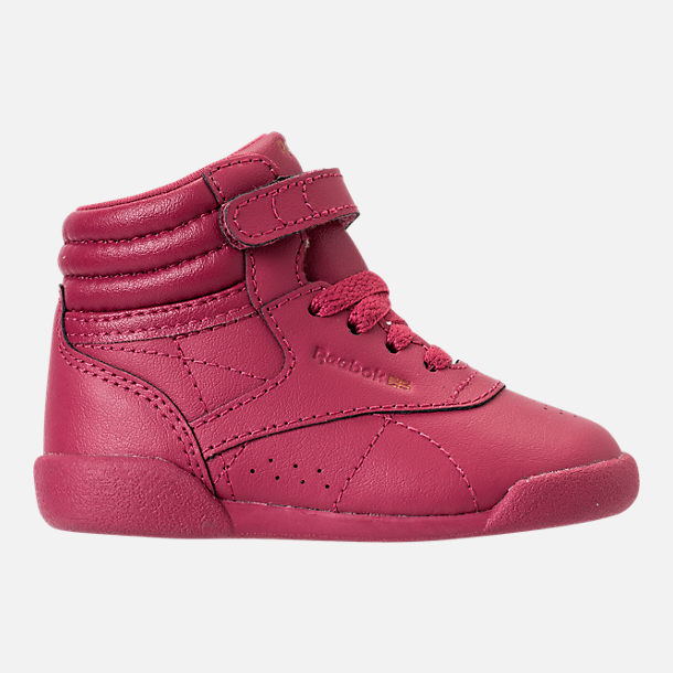 Right view of Girls' Toddler Reebok Freestyle Hi Casual Shoes in Twisted Berry/Rose Gold