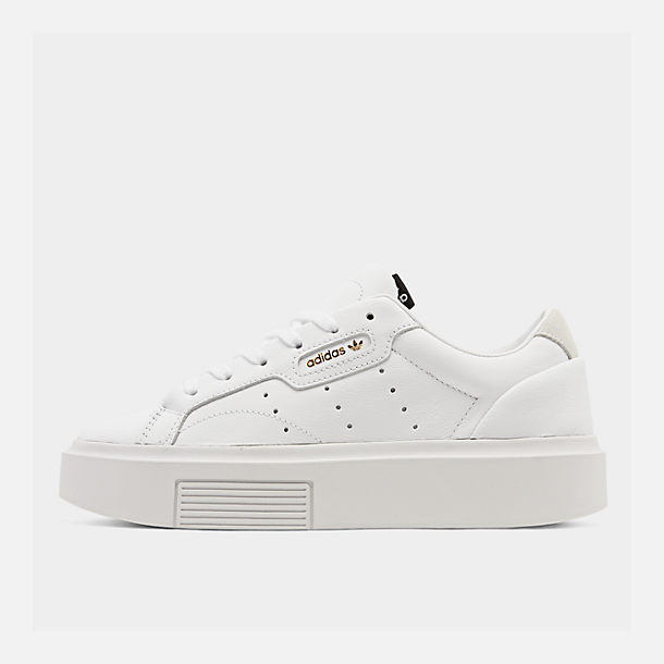 Right view of Women's adidas Originals Sleek Super Casual Shoes in White/Crystal White/Core Black