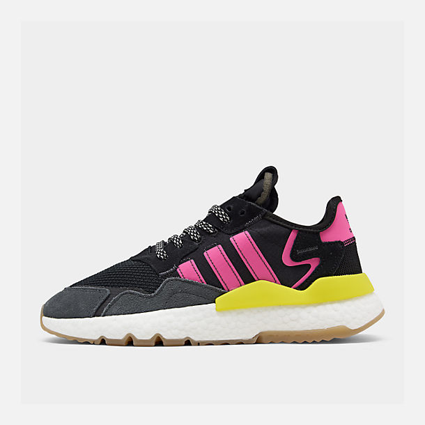 Right view of Men's adidas Originals Nite Jogger Casual Shoes in Corre Black/Shock Pink/Gum