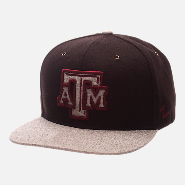 Front view of Zephyr Texas A&M Aggies College Executive Snapback Hat in Team Colors/Grey