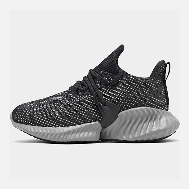 Right view of Boys' Big Kids' adidas AlphaBounce Instinct Running Shoes in Core Black/Footwear White/Grey Three