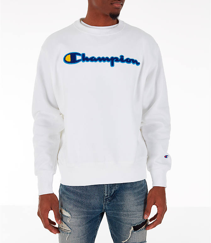 6a398c87 Front view of Men's Champion Reverse Weave Chenille Logo Crewneck Sweatshirt  in White