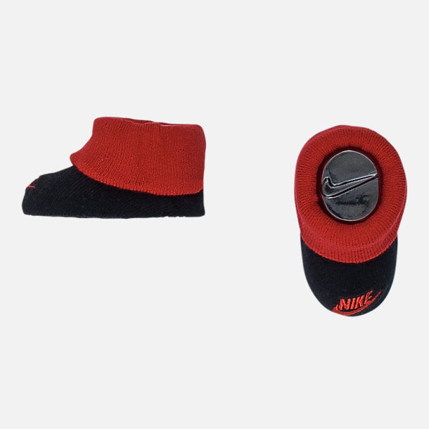 Alternate view of Boys' Infant Nike Futura Block 3-Piece Set in Black/Red