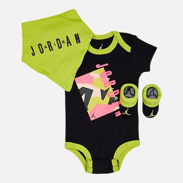 sports shoes 8b4c3 ee202 Infant Air Jordan 3-Piece Boxed Set