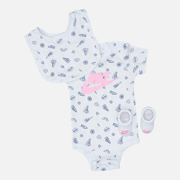 Front view of Infant Nike Doodle Futura Allover Print 3-Piece Set in Pink/White