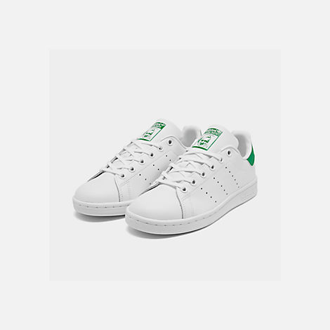 Three Quarter view of Boys' Grade School adidas Originals Stan Smith Casual Shoes in White/Fairway