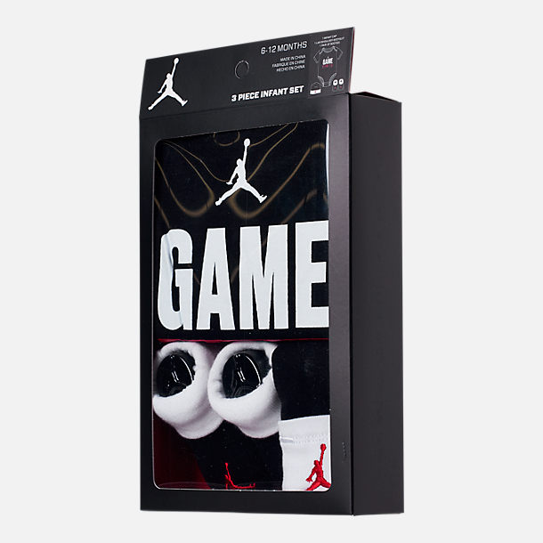 Back view of Infant Jordan I Got Game (6-12 months) 3-Piece Box Set