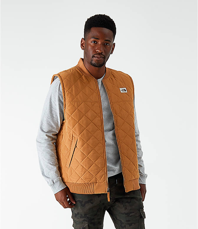 Front view of Men's The North Face Cuchillo Insulated Vest in Cedar Brown