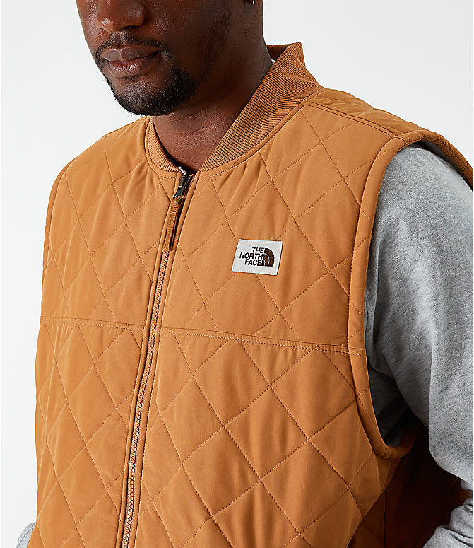 Back Right view of Men's The North Face Cuchillo Insulated Vest in Cedar Brown