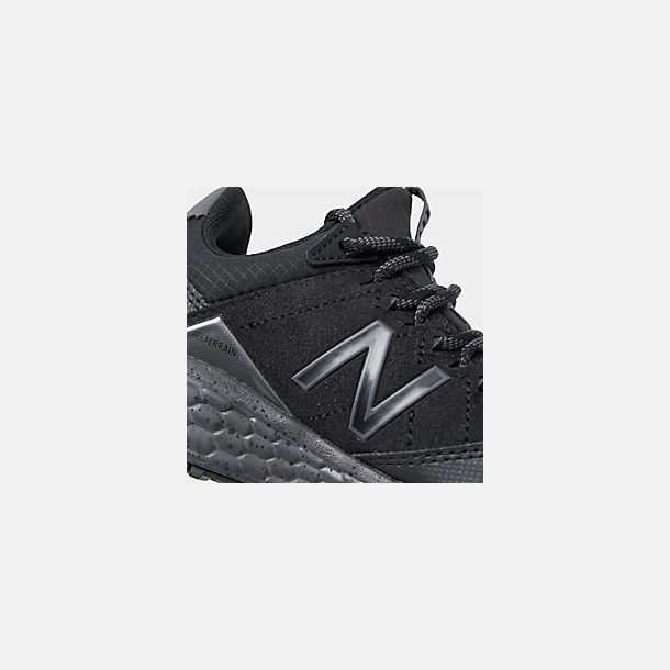 Front view of Boys' Little Kids' New Balance Fresh Foam Crag V1 Trail Running Shoes in Black/Magnet