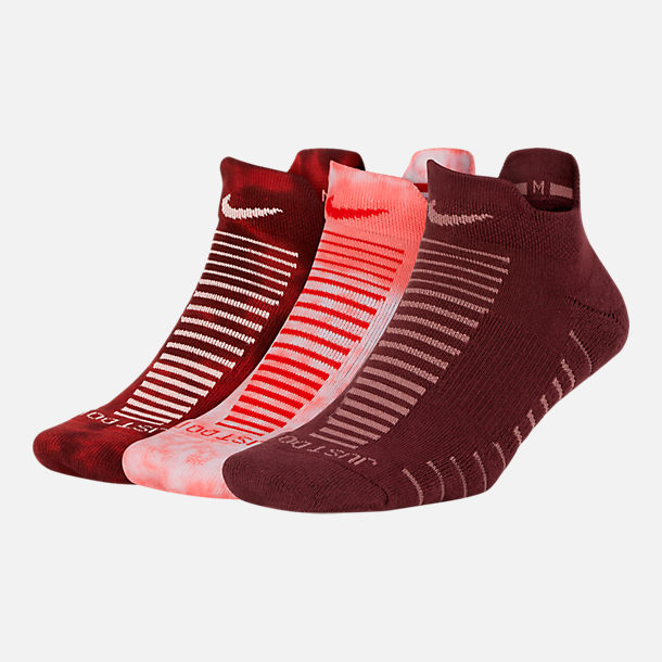 Front view of Women's Nike 3-Pack Marl No-Show Socks in Tie Dye Guava