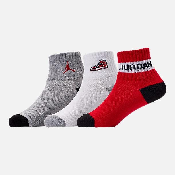 Back view of Kids' Air Jordan Retro 1 Patch 3-Pack Quarter Socks in Red/White/Grey