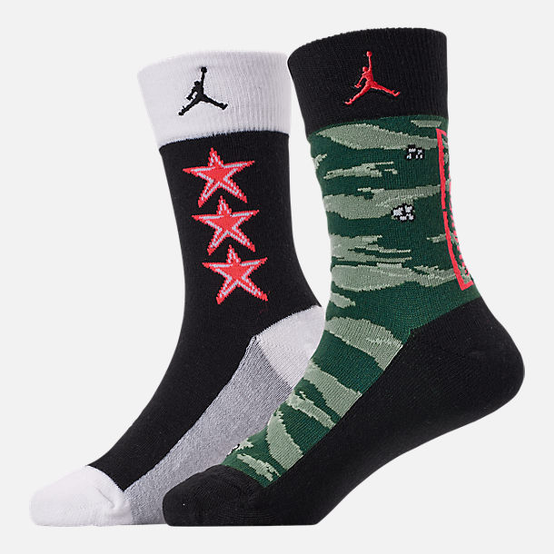 Back view of Kids' Jordan Camo 2-Pack Crew Socks in Black/Infrared/Camo