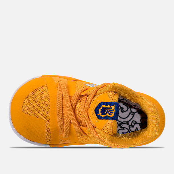 White And Gold Basketball Shoes Cp