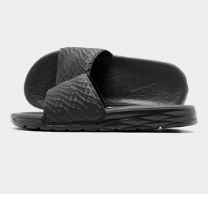 Men's Nike Benassi Solarsoft Slide 2 Slide Sandals Product Image