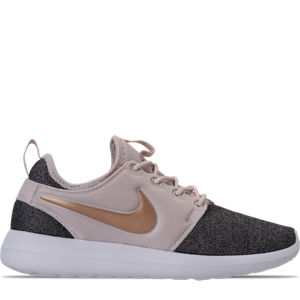 Women's Nike Roshe Two Knit Casual Shoes Product Image